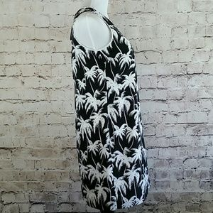 Vince Camuto Dresses - Vince Camuto sleeveless dress